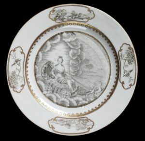 A famille verte armorial dish, Qing dynasty, Qianlong period, 22.9m diameter. Victoria and Albert Museum Photograph © Victoria and Albert Museum.